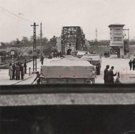 Други светски рат, улазак немачке војне колоне у Тврђаву