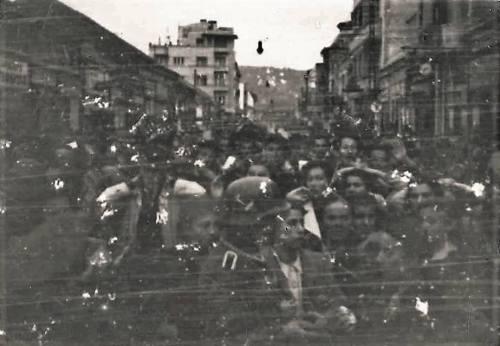 Други светски рат, Улица Обреновићева, поглед од Трга Краља Милана.)